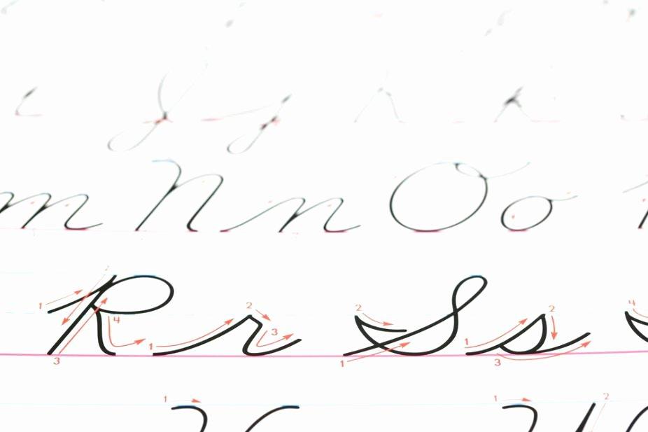 Abeka Cursive Alphabet Cursive Manuscript is Manuscript Writing Cursive Print